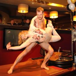 Acrobalance Duo Circus Act Brighton Show