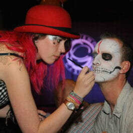 Facepainter for events in London and Brighton
