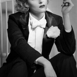 Marlene Dietrich Impersonator