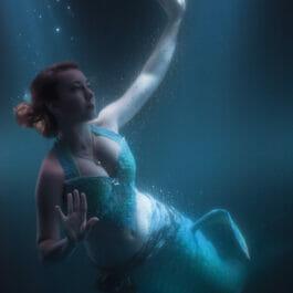 Mermaid Performer